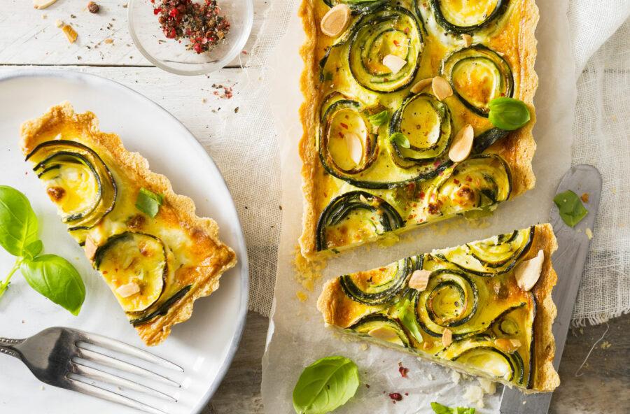 Torta salata con zucchine e mandorle