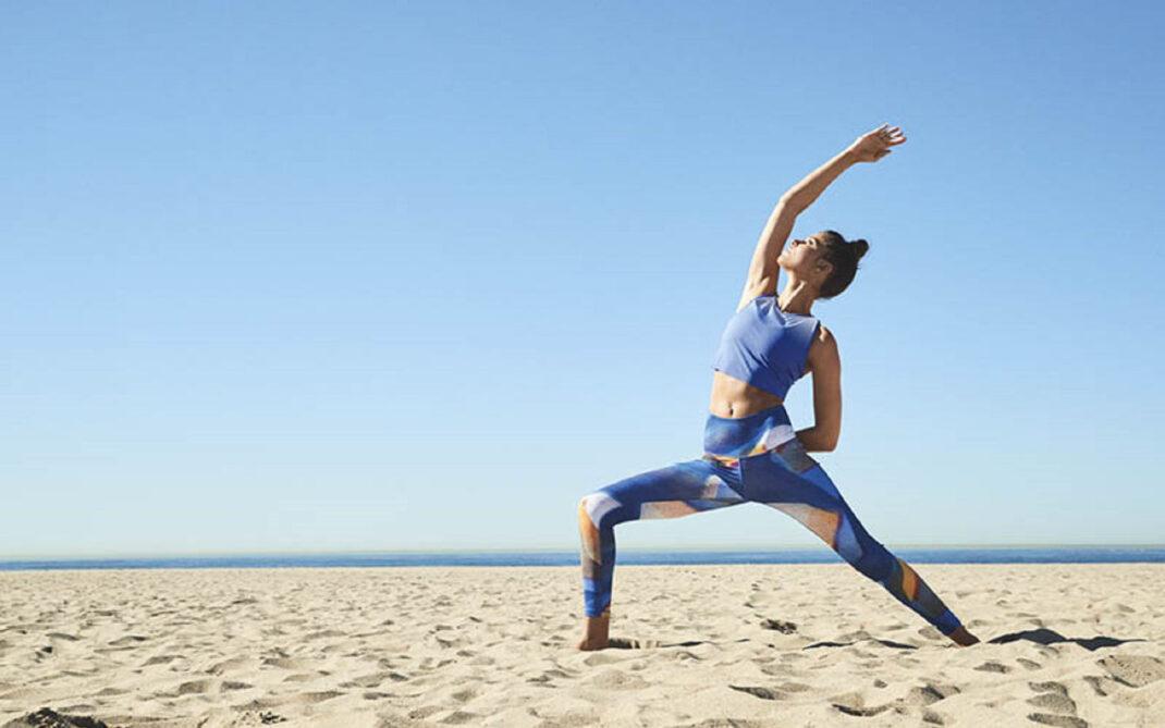 Yoga In Vacanza Gli Appuntamenti Nella Natura Silhouette Donna