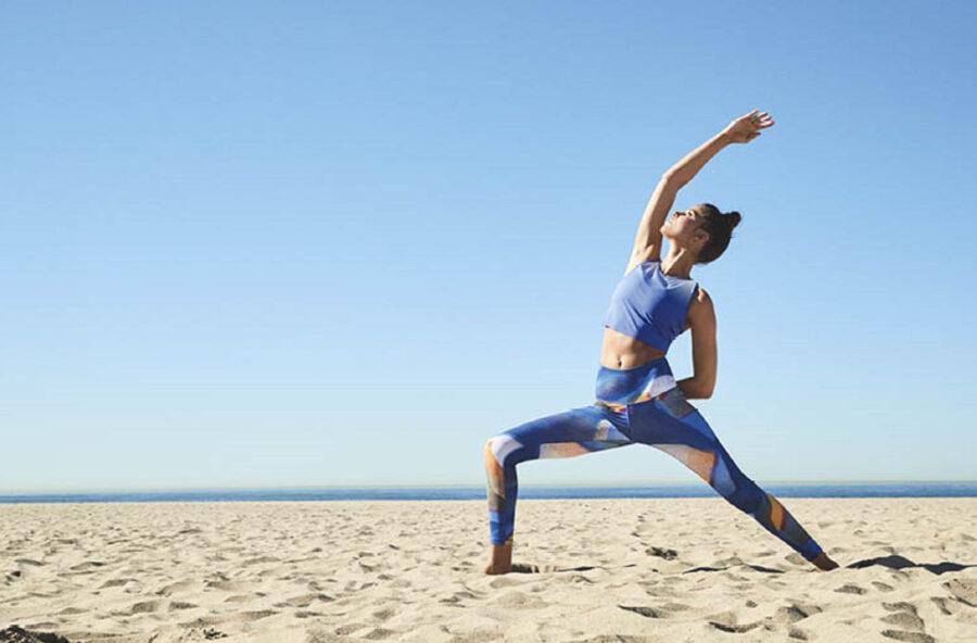 Yoga in vacanza: gli appuntamenti nella natura