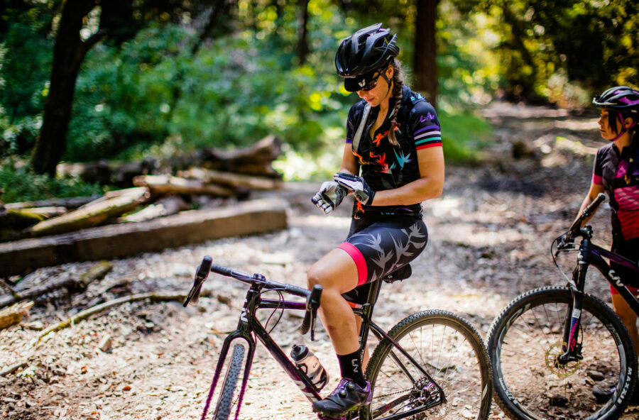 Gravel bike, pedala e scolpisci gambe e glutei