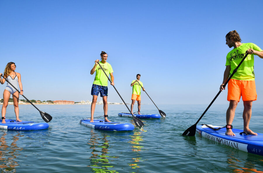 Vacanze al mare: surf o stand up paddle? Vieni a provare gli sport sulla tavola