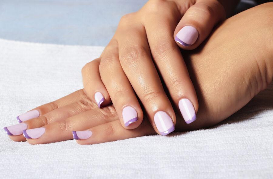 Nail art: la french manicure si rinnova