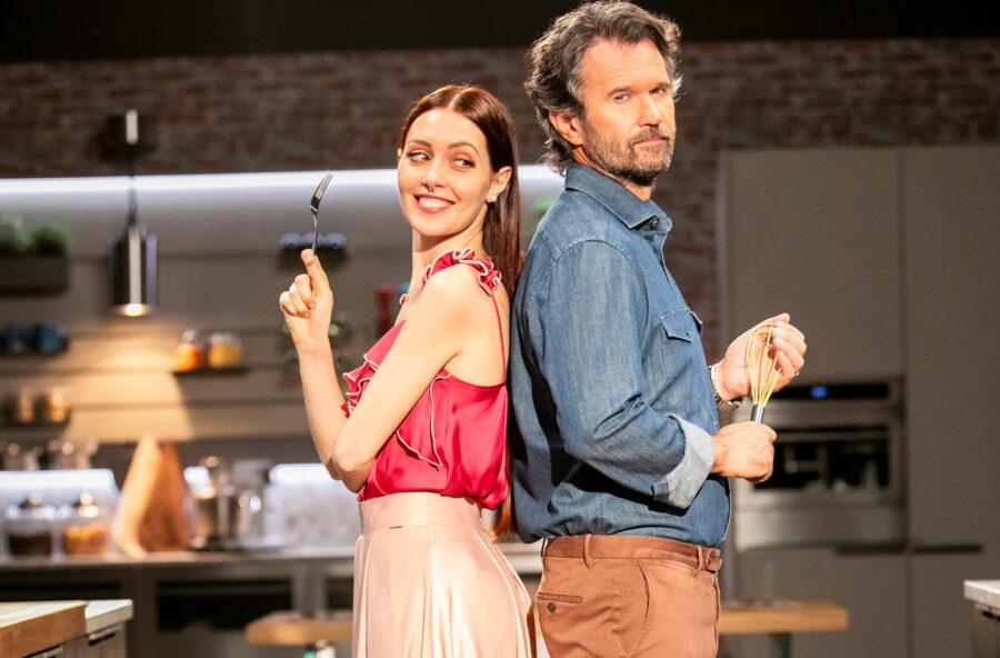 Carlo Cracco debutta su Rai 2 con il nuovo programma Nella mia cucina