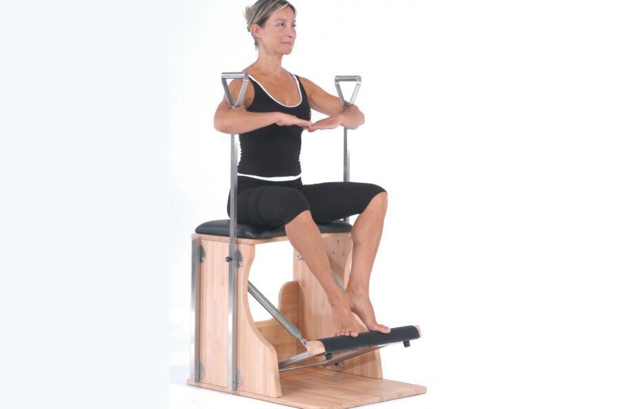Pilates, tonifica gambe, addome e glutei sulla Chair