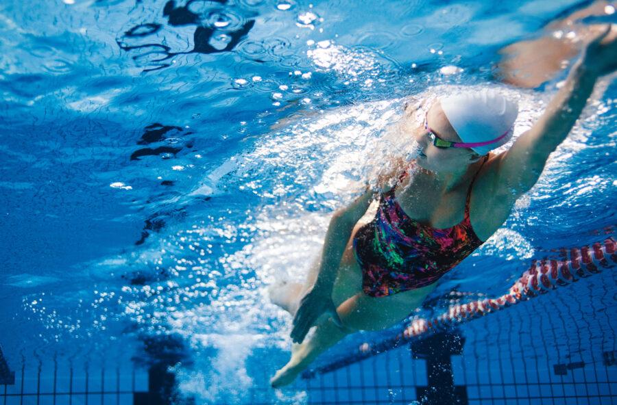 Ti senti sotto stress? Nuota