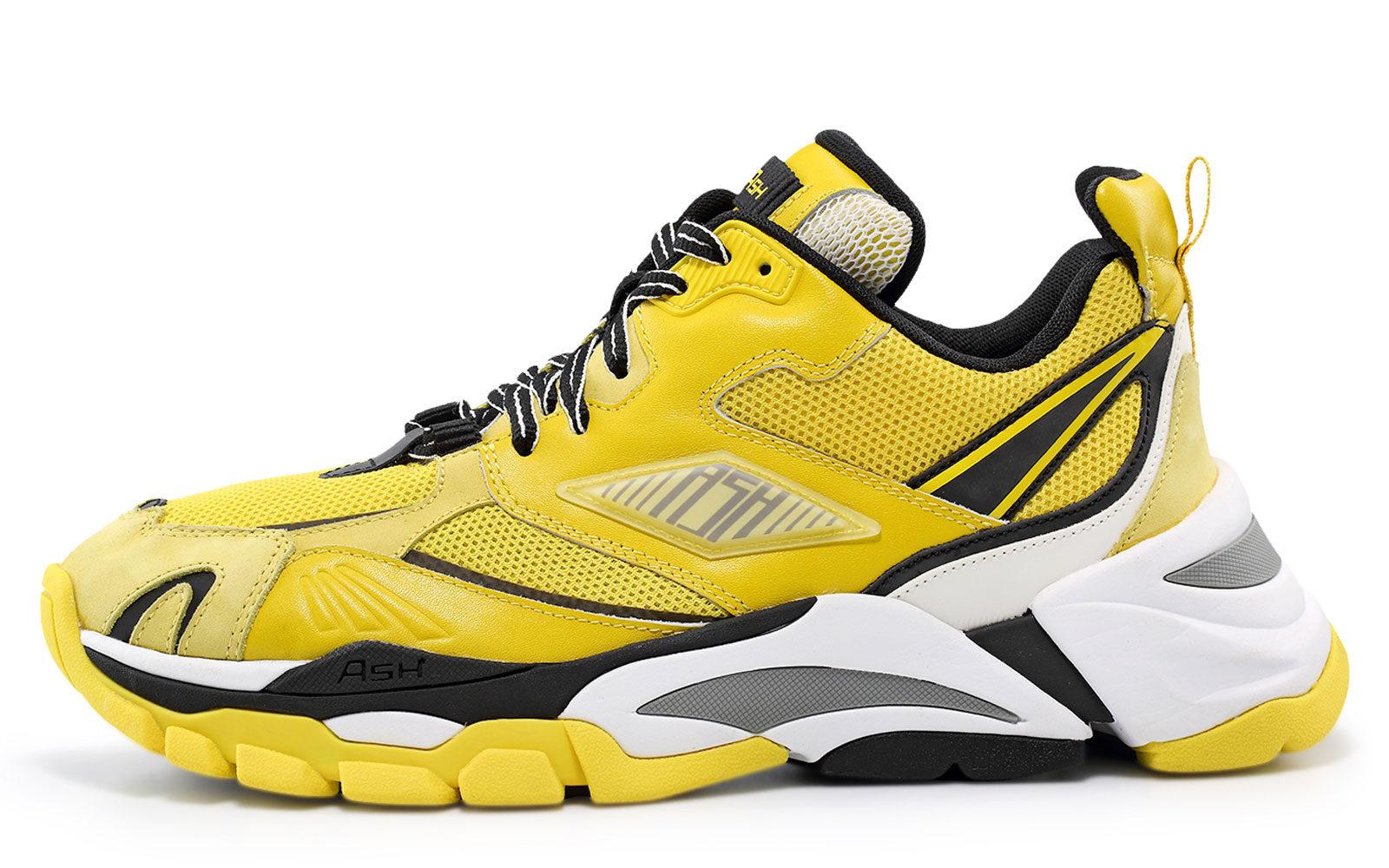 AshSneakers-in-nubuk,-mesh-e-reflex,-logo-laterale-e-suola-in-gomma-255-euro