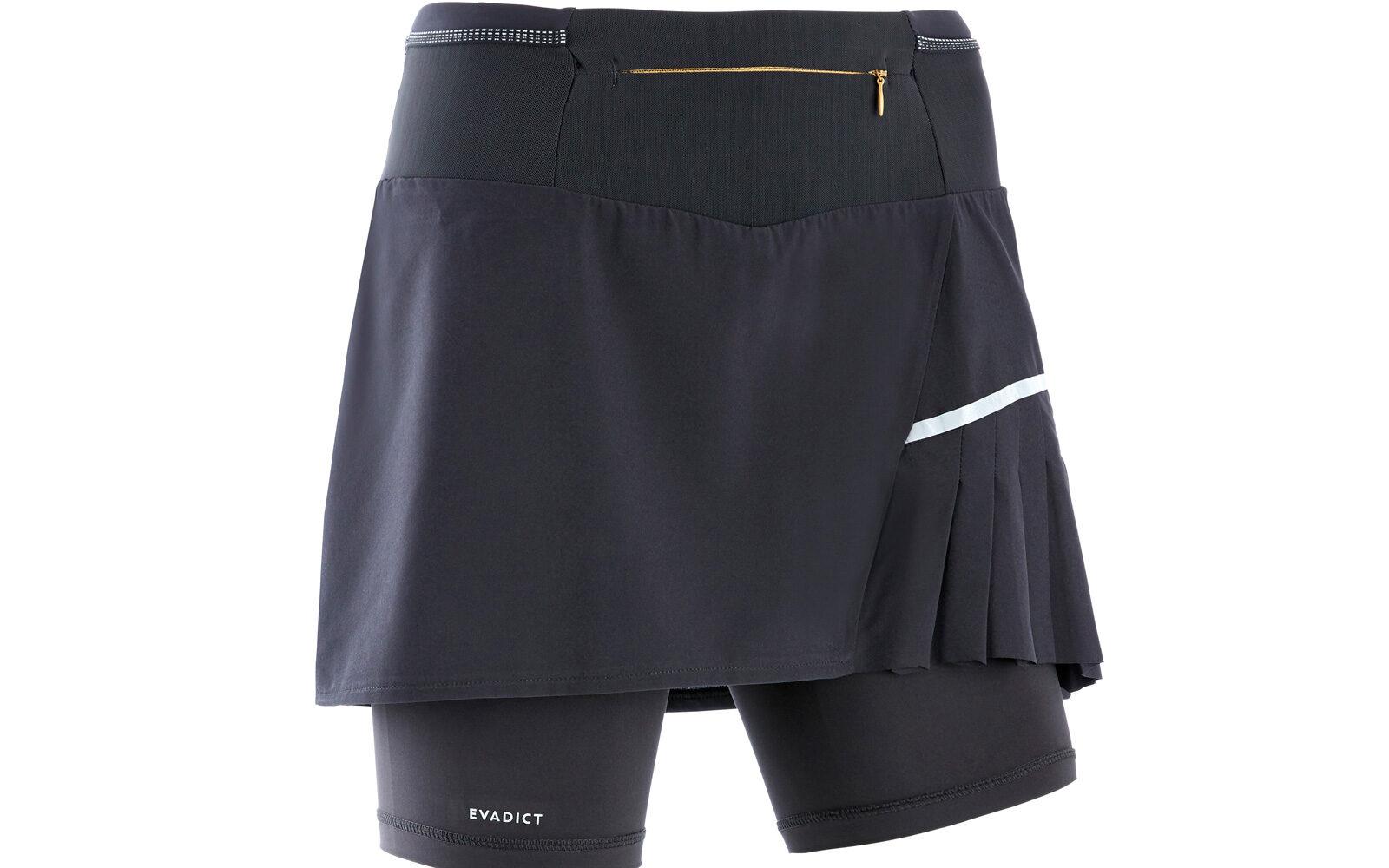Kalenji by Decathlon, gonna-pantaloncino a vita alta con comodo marsupio, cosciali anti-irritazione, multitasche, tessuto leggero traspirante. Euro 29,99