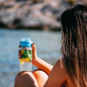 Infusi d'acqua: dissetanti, gustosi e alleati della bellezza