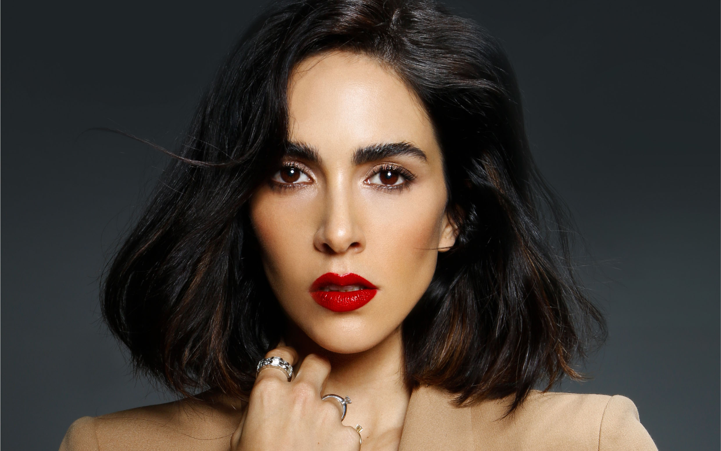 Make up: l'eleganza del rosso