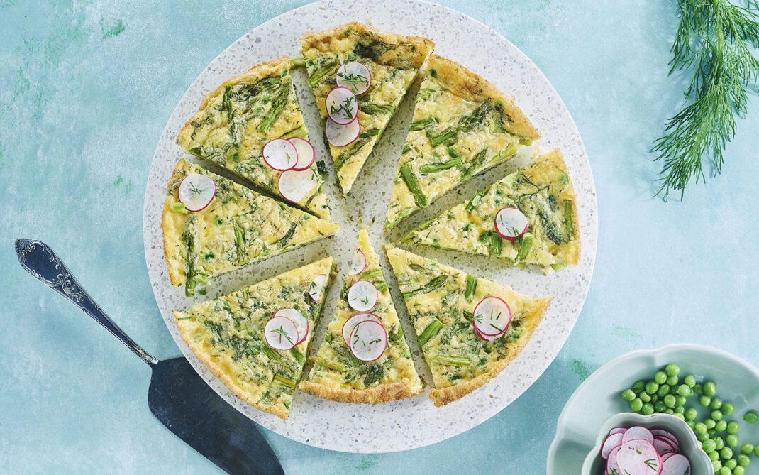 Omelette con asparagi e rapanelli